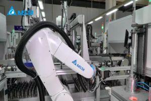 Новият антропоморфен робот от Delta в действие