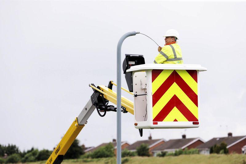 Старт Инженеринг участва в проект за подмяна и поддръжка на улично осветление в страната