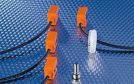 Фотоелектрични сензори O7 с малки размери