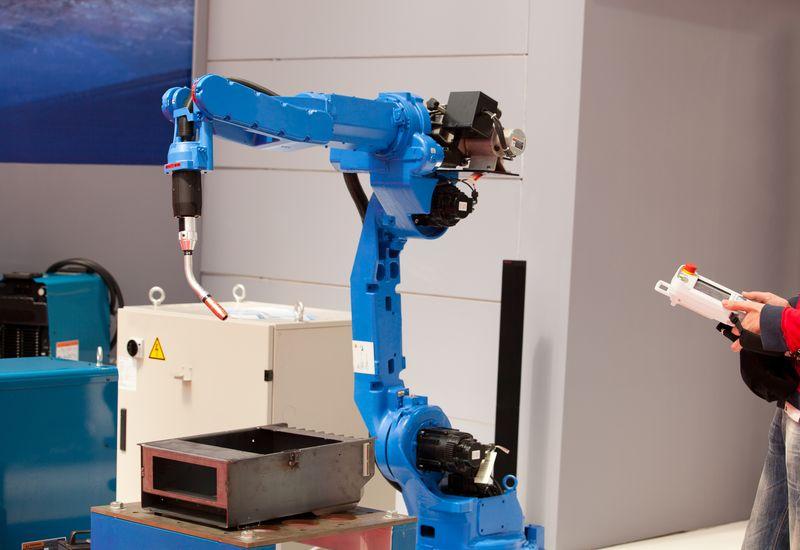 Програмиране на индустриални роботи
