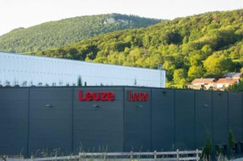 Leuze изгради нов модерен международен дистрибуционен център