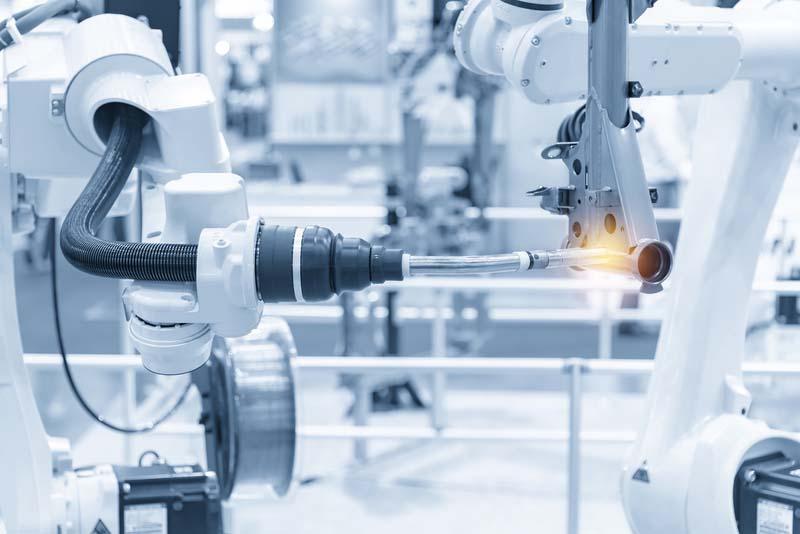 Какви са тенденциите при индустриалните роботи според IFR?