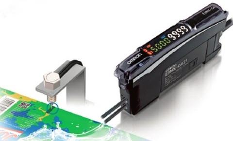 Усилвател за оптични влакна E3NX-CA от <strong>Omron</strong>