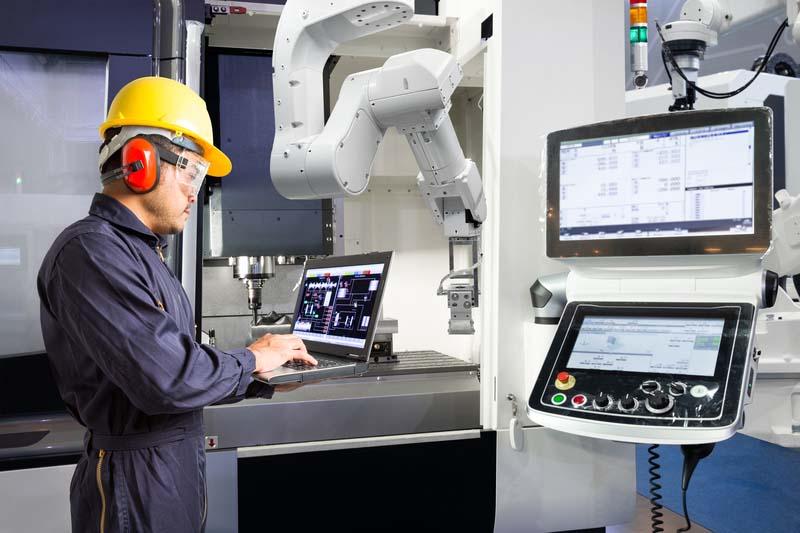 Представят новите дигитални технологии в умната фабрика на конференция в Хановер