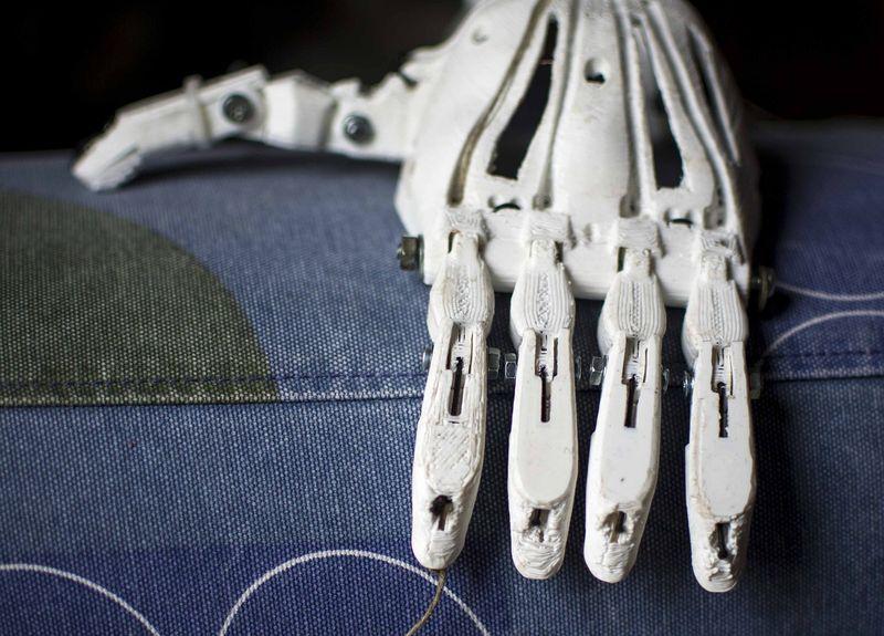 Учени планират да принтират жива тъкан на МКС