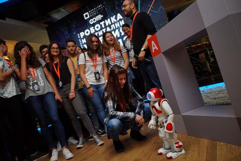Интерактивен семинар по <strong>робо</strong>тика се проведе в Струмица